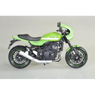 Kawasaki Z900RS Cafe Racer green